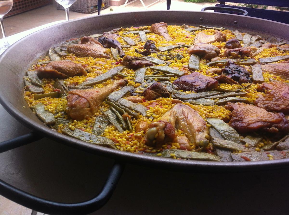 The definition of the paella # Paella Feu De Bois
