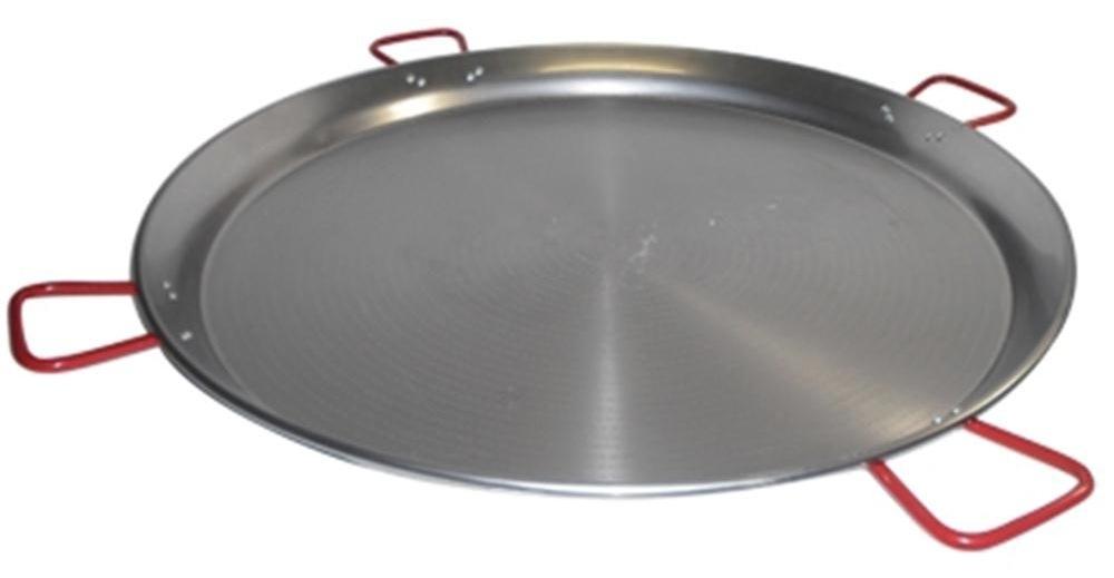 Une grande poêle à paella à quatre anses
