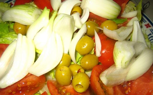 Salade Valencienne Valenciana gros plan pour la Paella