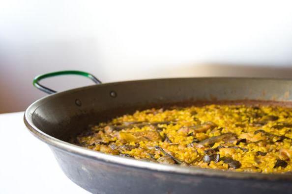 La recette de la Paella cuisinée au gaz en vidéo